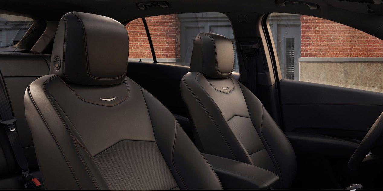 2020 Cadillac XT4 Compact SUV: Front Seating